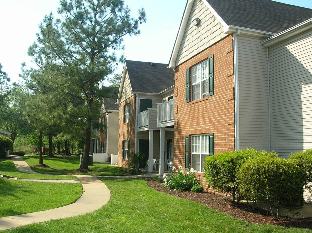 Welcome To Arbor Lake Apartments Apartments For Rent In Chester Va